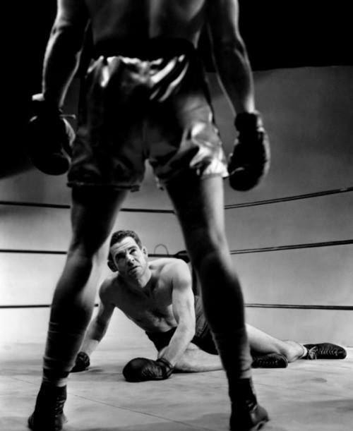 Robert Ryan in the ring - down, but not out.