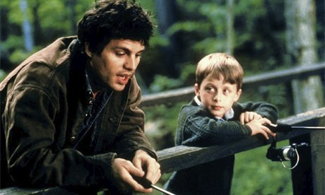 Terry Prescott (Mark Ruffalo) and nephew Rudy (Rory Culkin) fishing from a bridge